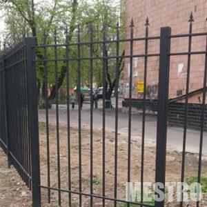 Металлический забор для дома от компании mestro